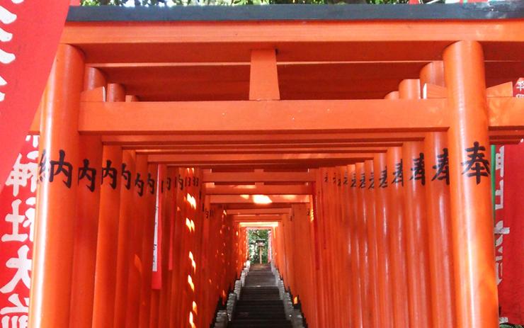 日枝神社 朱塗り鳥居