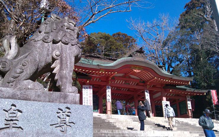 香取神宮 狛犬と楼門