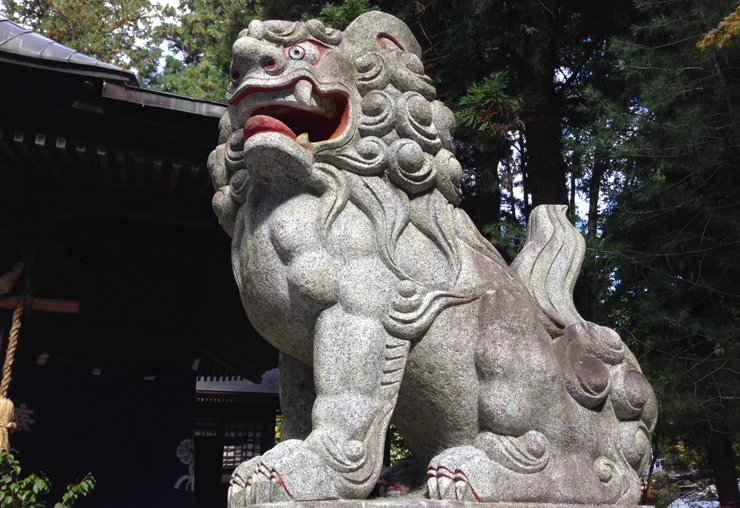 Q.神社の境内にあるものとは?|鳥居・狛犬・御神木・奉納物